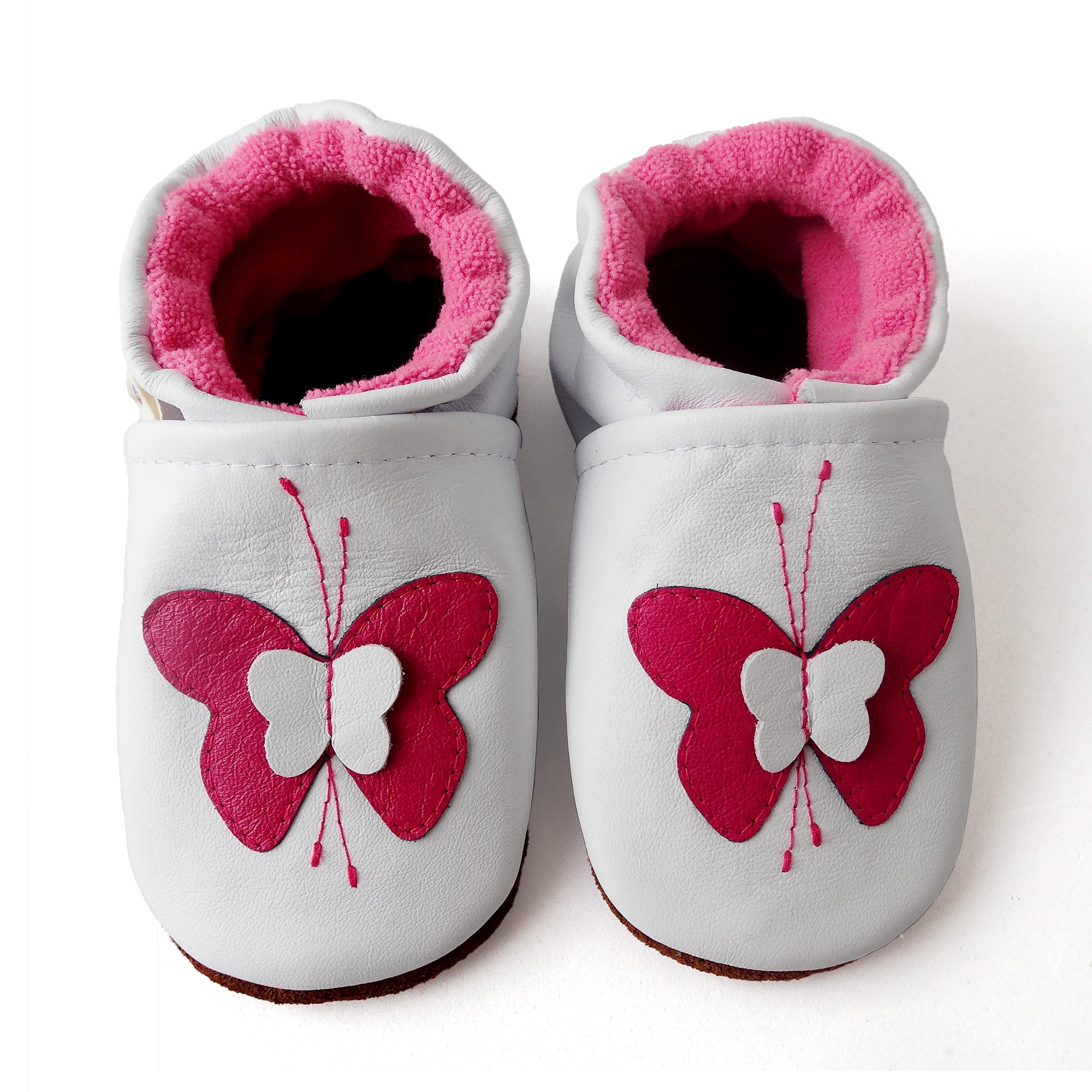 bfab3d922 Zapato de gateo. Diseño mariposa - Patos Zapatos