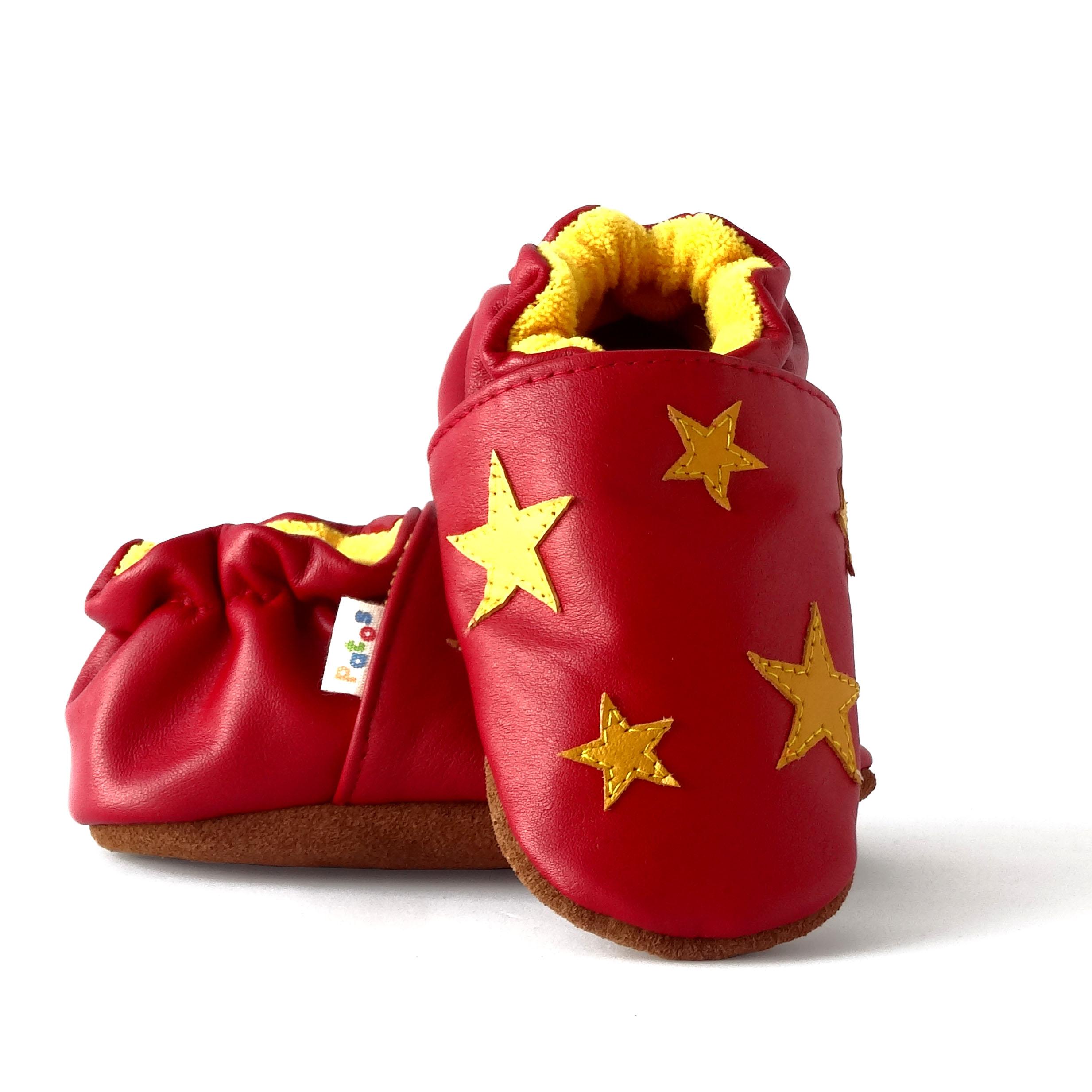 8322b5c4d Zapatos para gatear. Diseño estrellas - Patos Zapatos